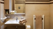 residenza-venezia-nursing-home-bathroom-pod
